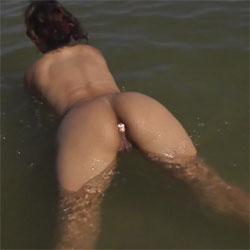 Enjoying My Buttplug On The Beach - Beach, Brunette, Outdoors, Toys, Amateur, Firm Ass